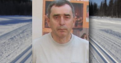 21 марта 2019 на 67-ом году жизни скоропостижно скончался тренер-преподаватель по лыжным гонкам Василий Николаевич Антонов
