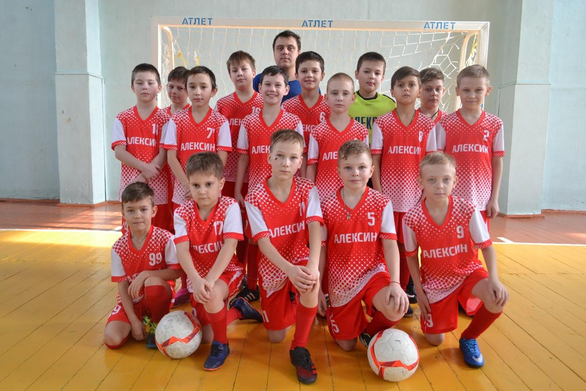 Алексинский «Атлет» занял второе место в открытом первенстве по мини-футболу